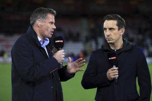Jamie Carragher (vľavo) sa pred obrazovkami televízie Sky Sports v tejto sezóne už neobjaví.