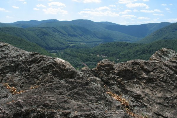 Dolina Hornádu a Čierna hora zo Skalky.