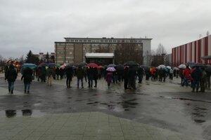 Lučenčanov neodradil ani dážď.