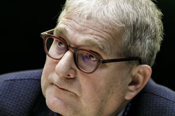 Peter Dubecký.