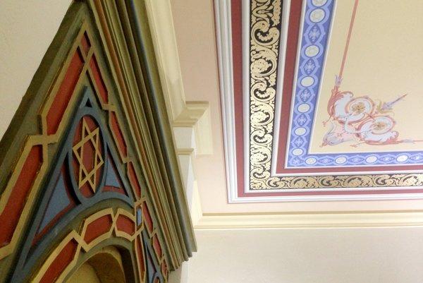 Interiér synagógy sa zmenil na nepoznanie.