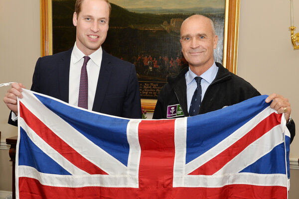 Na archívnej snímke je bádateľ Henry Worsley s princom Williamom.