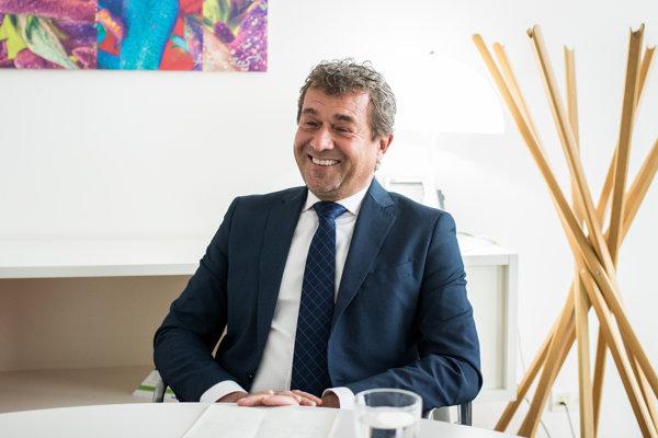 Vladimír Masár, bývalý guvernér NBS, si myslí, že Slovensko prežilo úspešný ekonomický príbeh.