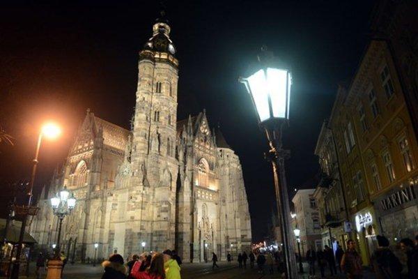 Symbolicky bude vypnuté aj osvetlenie historickej dominanty centra Košíc - Dómu svätej Alžbety.