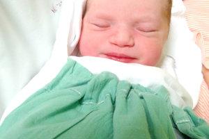 Petre a Štefanovi Zelískovcom z Levíc sa narodila 26. februára dcérka REBEKA ako druhé dieťa. Malá Rebeka po narodení merala 50 cm a vážila 3,45 kg. Na sestričku sa teší 3-ročný Timotej.