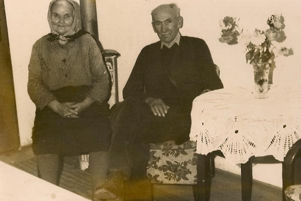 Štefan Kašša a jeho manželka Mária dostali ocenenie Spravodliví medzi národmi za záchranu rodiny Weissovcov na kozom salaši počas druhej svetovej vojny.