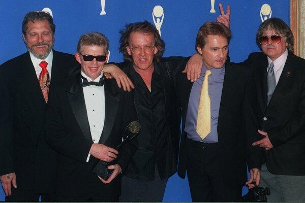 Archívna fotografia skupiny Jefferson Airplane, Paul Kantner v strede.