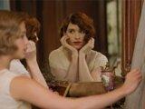 Eddie Redmayne a Alicia Vikander (vľavo) vo filme Dánske dievča.