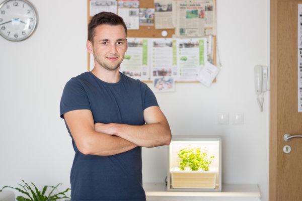 Ivan Šodor sa venuje pestovaniu rastlín bez pôdy.