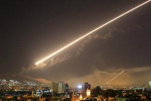 USA, Británia a Francúzsko podnikli útoky v okolí Damasku.