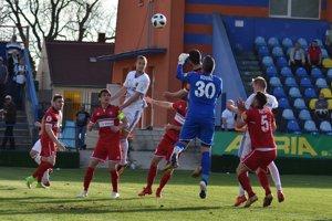 Michalovce vyhrali aopäť si udržali čisté konto. Zlaté Moravce zdolali 2:0.