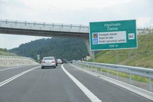Cenu Slovenskej komory stavebných inžinierov za najlepšie projektové riešenie patrí aj diaľnici D3 Svrčinovec - Skalité.