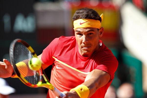 Rafael Nadal je na čele rebríčka ATP.
