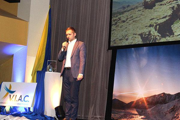 Michal Magušin je dnes medzinárodne uznávaný žurnalista. Cesta za úspechom však nebola vôbec jednoduchá.