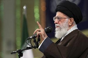 Iránsky duchovný ajatolláh Chameneí