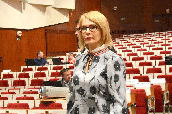 Viceprimátorka Lenártová je aj naďalej členkou komisie, na ktorej rokovania nechodí pre pracovnú vyťaženosť.