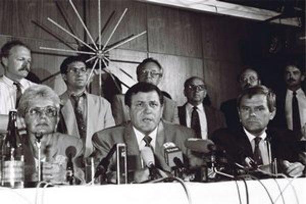 Vladimír Mečiar stál pri rozdelení Česko-Slovenska pred dvadsiatimi rokmi.