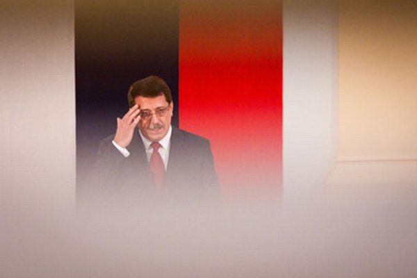 V piatok mali zástupcovia strán rozhodnúť o definitívnej podobe predpisu. Predseda parlamentu Pavol Paška však schôdzku nezvolal.