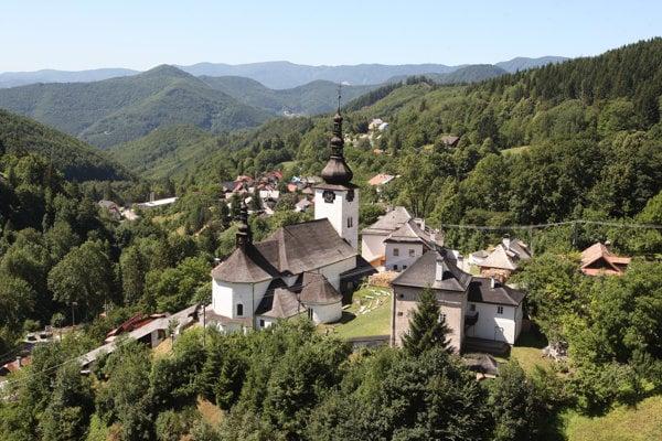 Špania Dolina patrí k najkrajším obciam Slovenska.