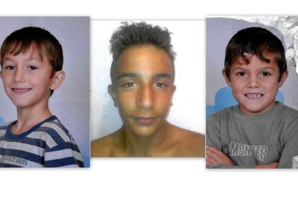 Traja nezvestní chlapci.