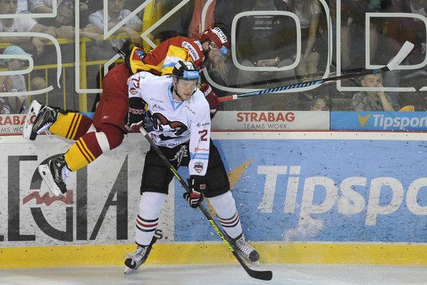 Michal Kabáč sa s Banskou Bystricou tešil zo slovenského titulu.