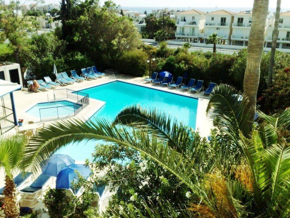 Hotel Hilltop Gardens 3*