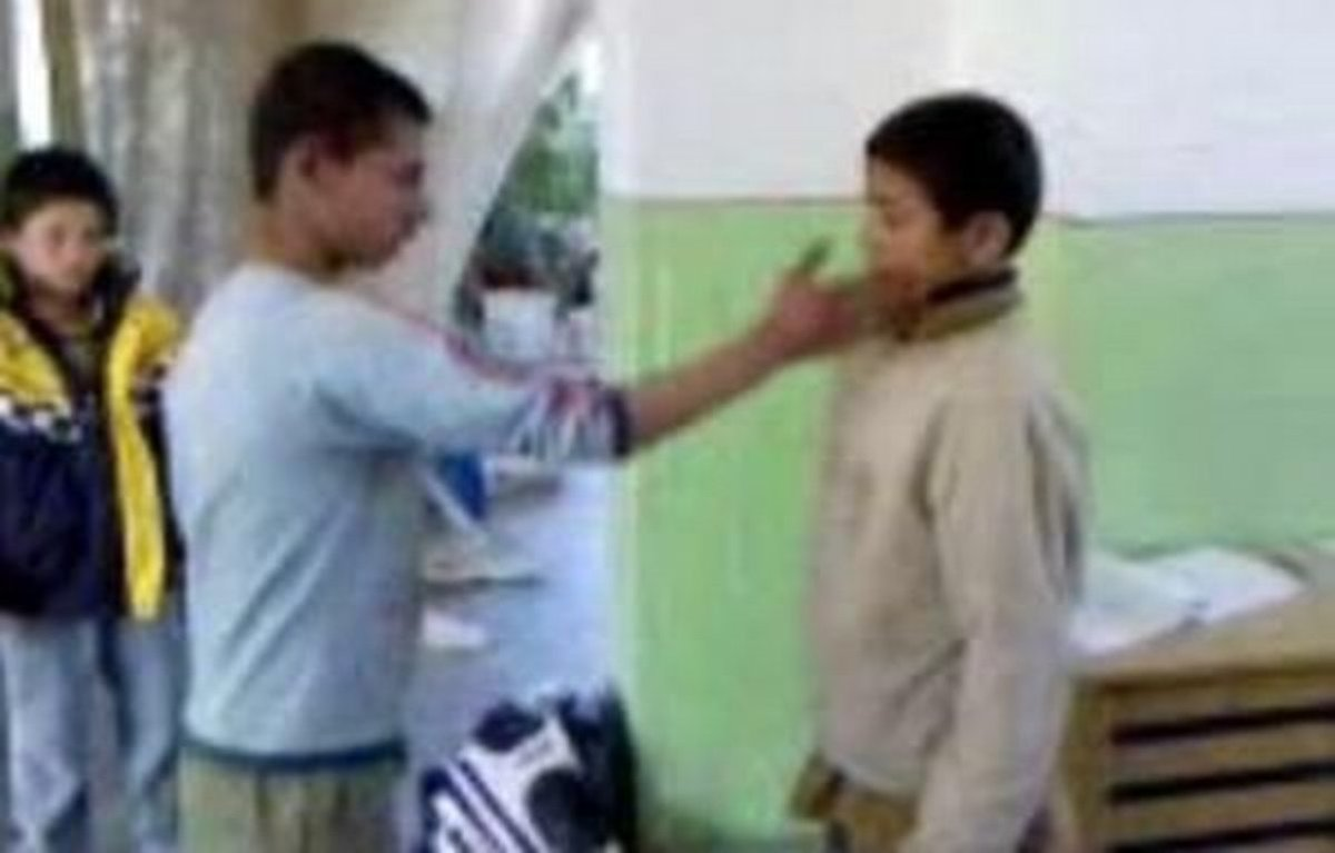 Kauza šikanovania rómskych detí: Policajti sú nevinní - kosice.korzar.sme.sk