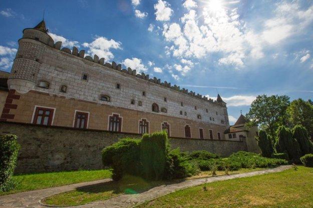 Archeológov láka aj pahorok, na ktorom stojí Zvolenský zámok.