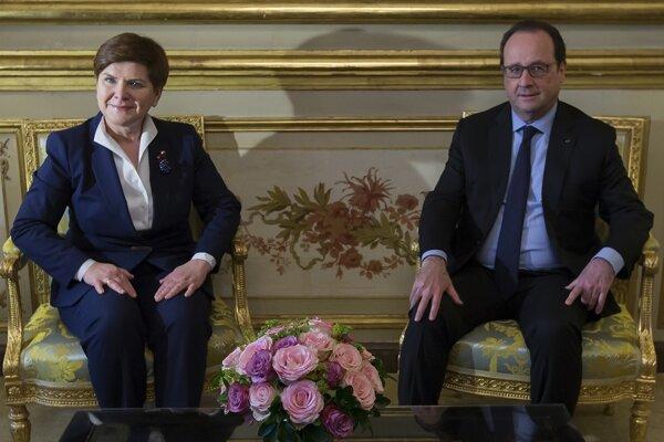 Poľská premiérka Beáta Szydlová sa v Elyzejskom paláci stretla s francúzskym prezidentom Francois Hollande.