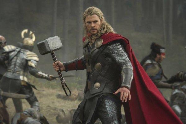 Thorov príbeh začína v Gaimanovej knihe Severská mytológia.