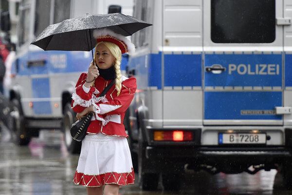 Kolínsky karneval v sprievode všadeprítomnej polície.
