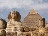 Lezenie na egyptské historické pamiatky je zakázané.