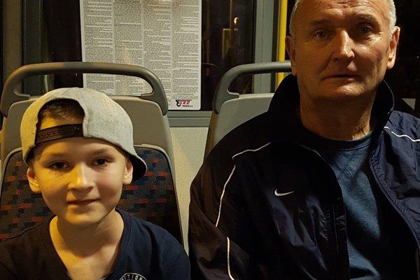 Jozef Berec s vnukom Matejom, ktorý hrá za prípravku AS Trenčín