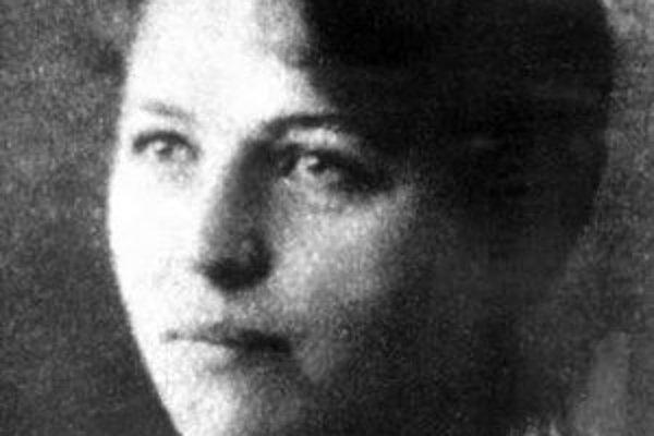 Spisovateľka venovala svoj život nielen literatúre, ale aj boju za práva žien a detí.