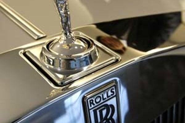 Značka Rolls-Royce počarovala aj britskej kráľovskej rodine. Najviac modelov vlastnila kráľovná matka.