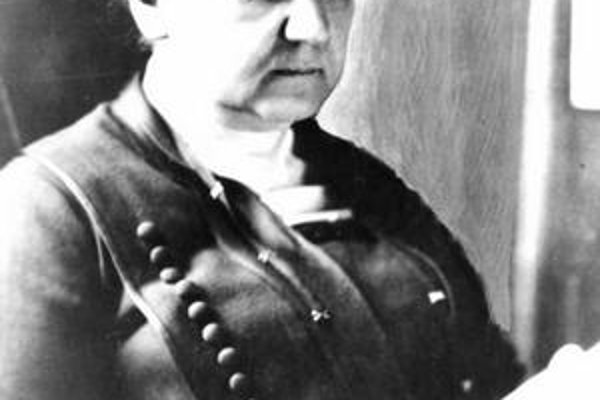 Addamsová napísal  jedenásť kníh a veľa článkov.