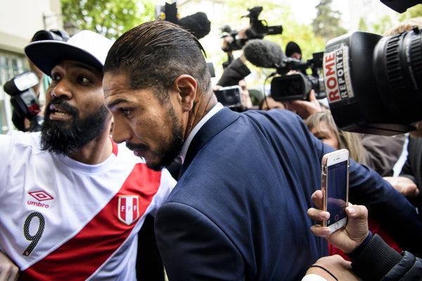 Paolo Guerrero smie hrať v drese Peru na MS Rusku.