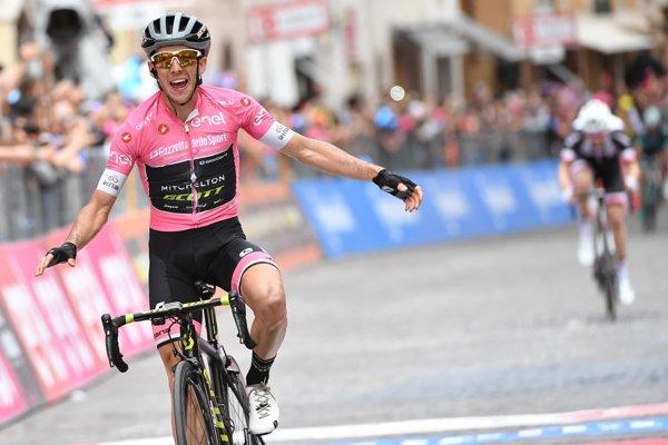 Simon Yates sa raduje z víťazstva.
