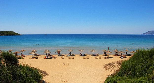 K lákadlám ostrova Zakynthos patria pláže.