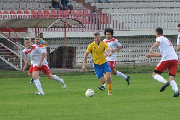 Topoľčany pred slabou diváckou kulisou dostali opäť poltucet gólov. Po 31. kole majú na konte už 115 inkasovaných gólov.