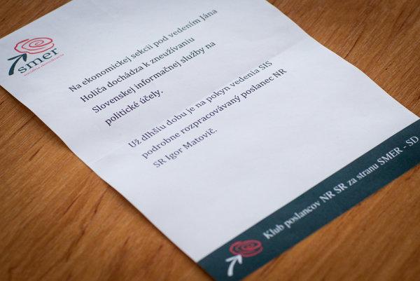Pod anonymným listom s hlavičkou Smeru je v päte podpísaný klub poslancov za stranu.