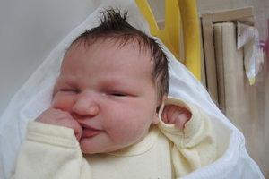 Kristína Jurčová (3160 g, 48 cm) sa narodila 17. mája Denise a Miroslavovi zo Štvrtka. Doma už majú 2,5-ročného Tomáša.