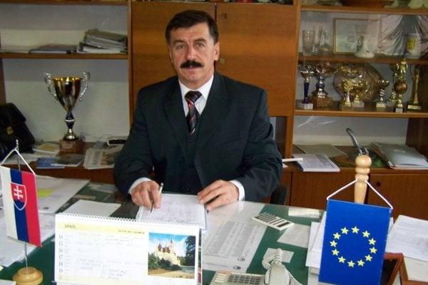 Riaditeľ Spojenej školy Martin – Jozef Zanovit.