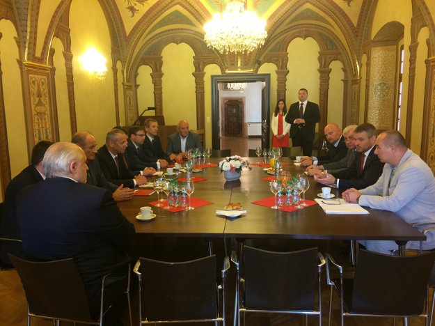 Dnešné zasadnutie iniciatívy s premiérom.