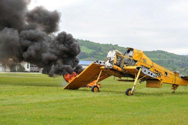 Nehoda lietadla vyzerala veľmi vážne. Našťastie išlo len o cvičenie.