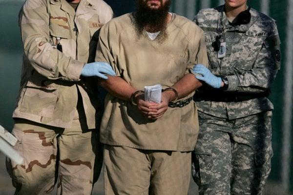 Podozrivých z terorizmu nelegálne mučili na európskej pôde.
