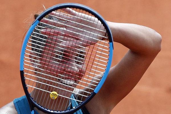 Madison Keysová postúpila do štvrťfinále na Roland Garros.