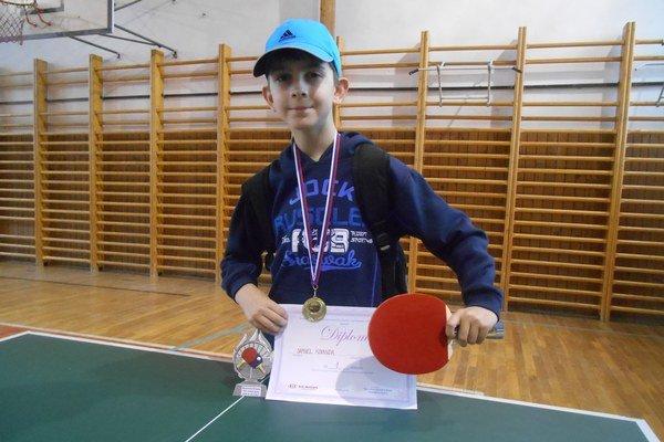 Samko Kovanda si stolný tenis zamiloval.