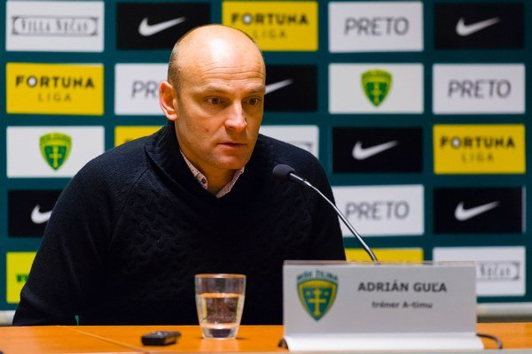 Tréner Adrián Guľa svojich hráčov pochválil.
