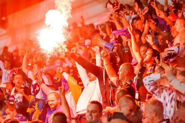 Fanúšikovia Bosny vytvorili svojim hráčom domáce prostredie.